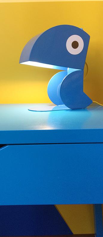 Lampe a poser perroquet bleu l19cm h23cm bleu carmin design normal