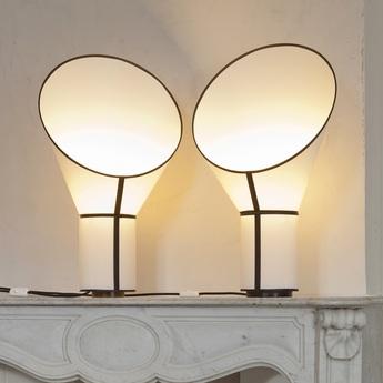 Lampe a poser petit cargo blanc noir h67cm designheure normal