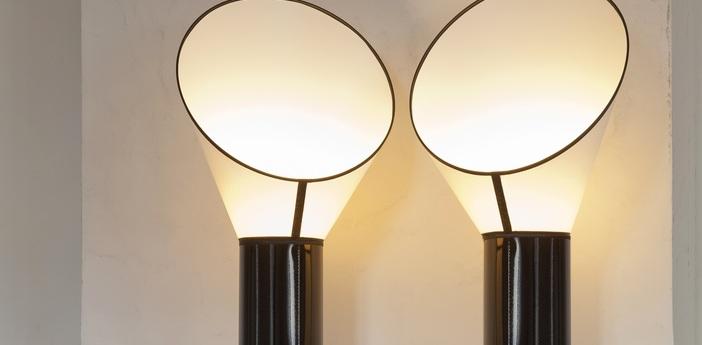 Lampe a poser petit cargo noir blanc h67cm designheure normal