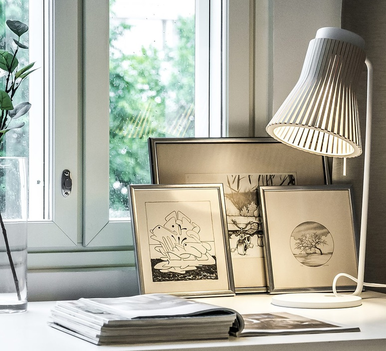 Petite 4620 seppo koho lampe a poser table lamp  secto design 16 4620 01  design signed 42323 product