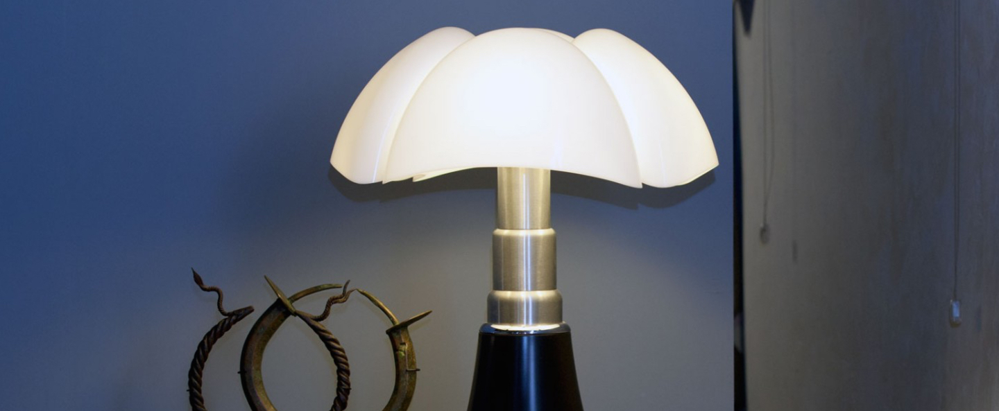 Lampe a poser pipistrello led noir brillant h86cm martinelli luce normal