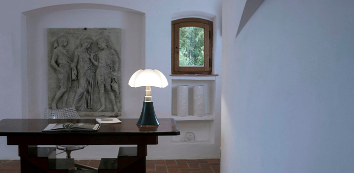 Lampe a poser pipistrello vert agave et blanc o55cm h66 86cm martinelli luce normal
