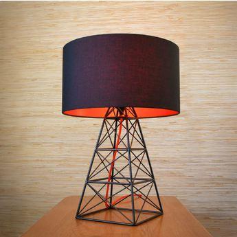 Lampe a poser pylon noir rouge h51cm o36cm filamentstyle normal