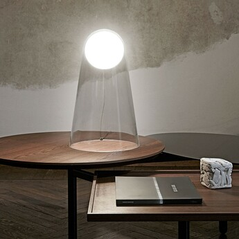 Lampe a poser satellight blanc transparent led 2700k 655lm o24cm h39cm foscarini normal