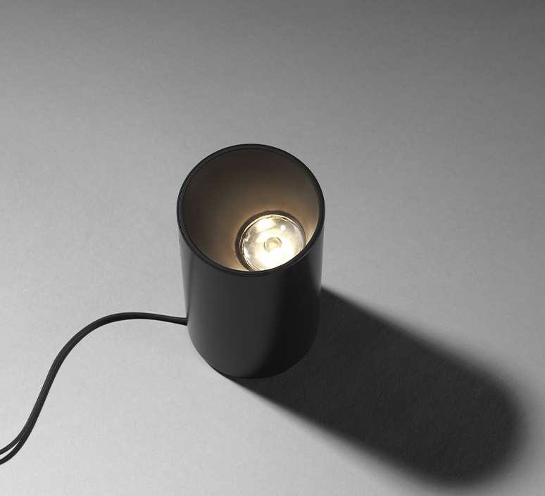 Serena patricia urquiola lampe a poser table lamp  flos f6582015  design signed 100332 product