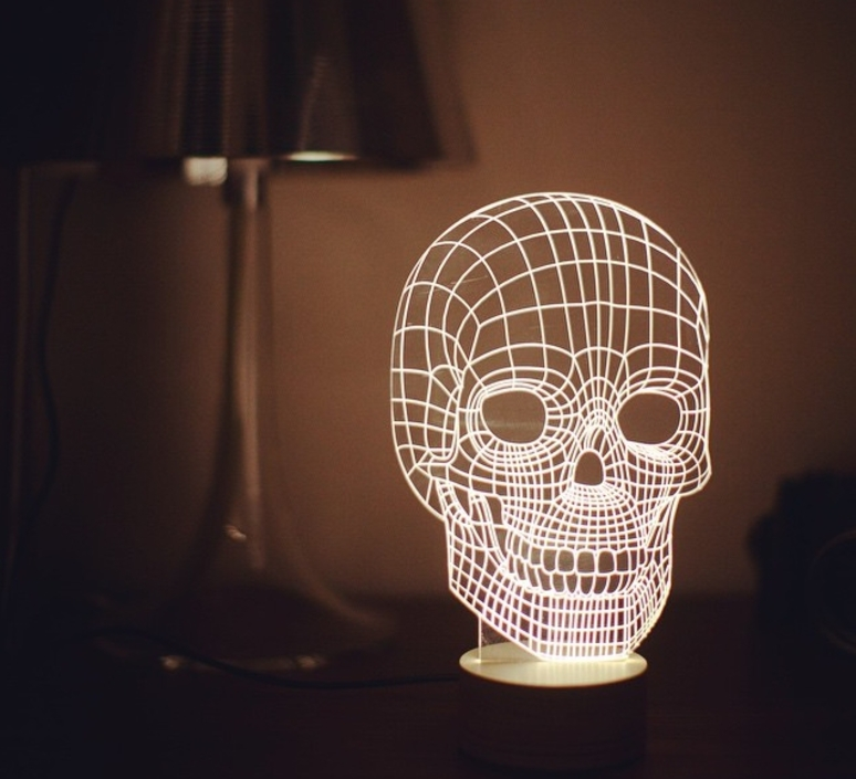 lampe poser skull led h23cm studio cheha luminaires nedgis. Black Bedroom Furniture Sets. Home Design Ideas