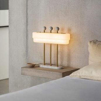 Lampe a poser spate laiton marbre carrara l44cm h40cm bert frank normal