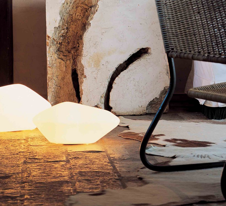 Stone of glass laudani et romanelli oluce 203 luminaire lighting design signed 22481 product