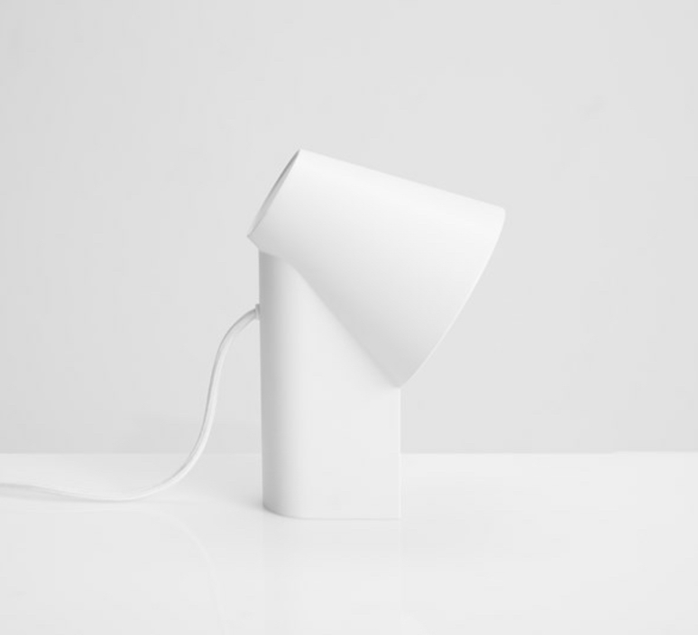 Study table lamp  lampe a poser table lamp  woud 137011  design signed 37360 product