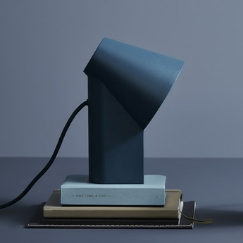 Lampe a poser study table lamp bleu led l15 9cm h22 7cm woud normal