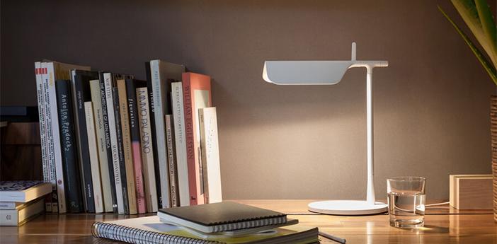 Lampe a poser tab blanc led 2700k 347lm l27 3cm h32 7cm flos normal