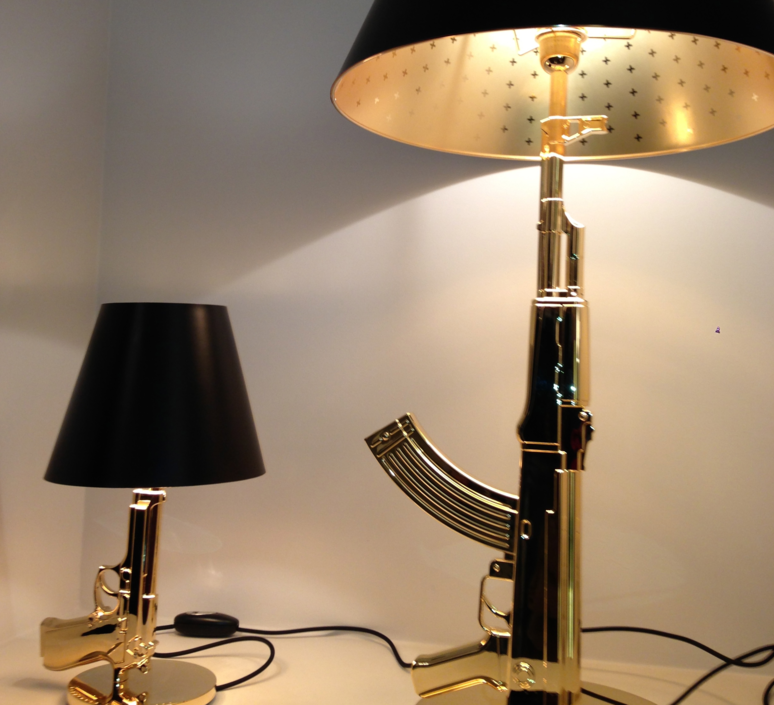 Table gun philippe starck lampe a poser table lamp  flos f2954000   design signed 35193 product