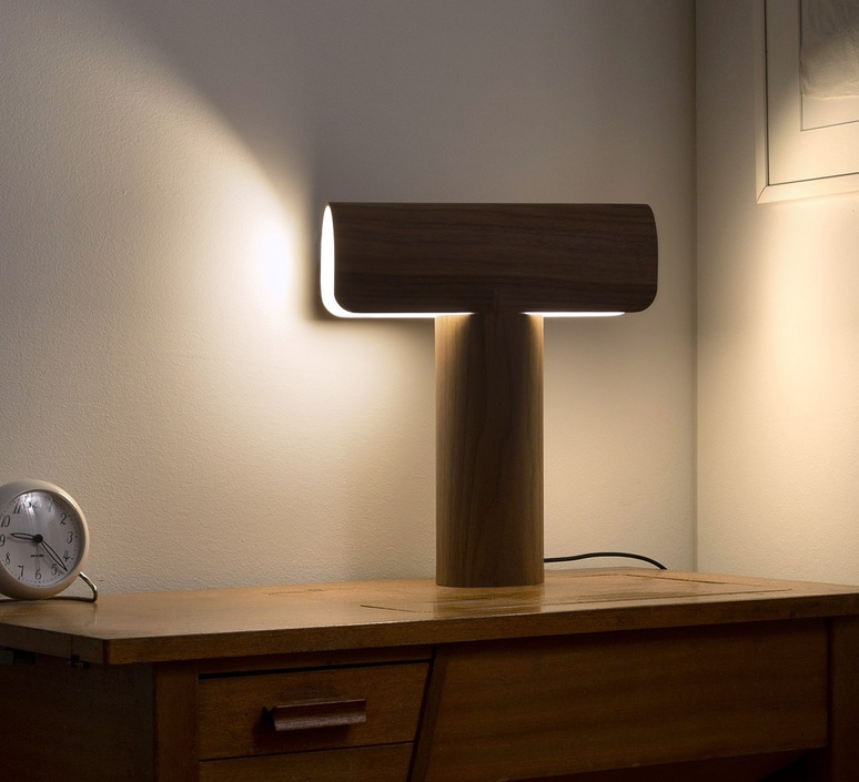 Teelo 8021 seppo koho lampe a poser table lamp  secto design 16 8020 60  design signed 41847 product