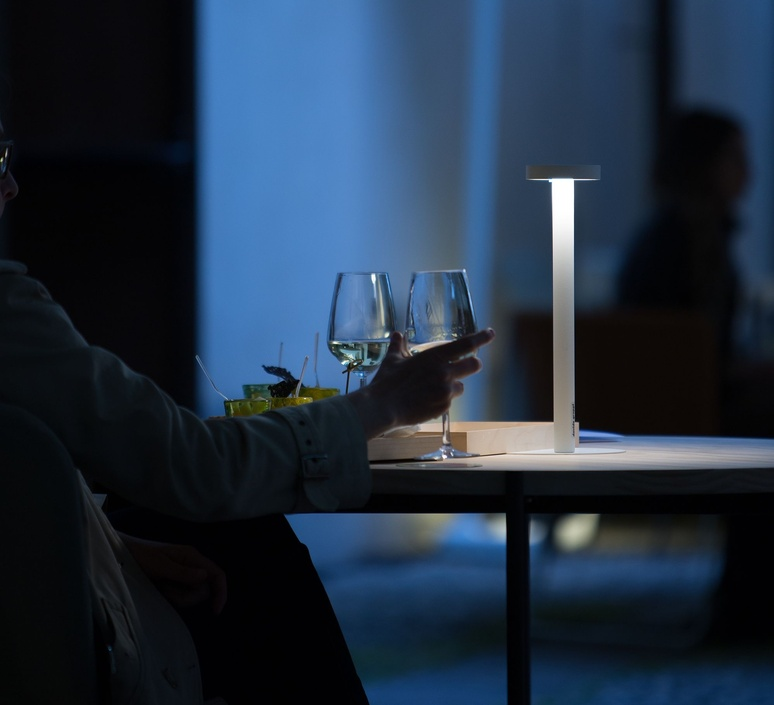 Tetatet davide groppi lampe a poser table lamp  davide groppi 1a03103 27   design signed nedgis 112499 product