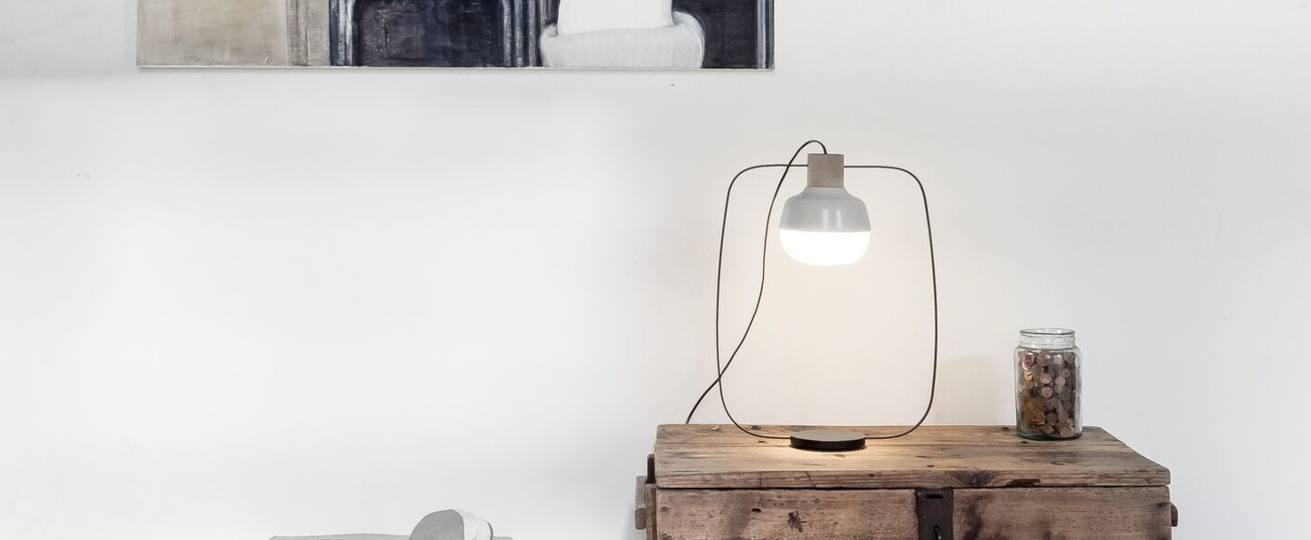 Lampe a poser the new old light tall blanc led l30cm h52cm kimu normal