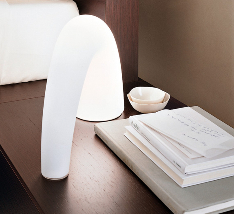 lampe poser thor blanc h20cm fontana arte luminaires nedgis. Black Bedroom Furniture Sets. Home Design Ideas