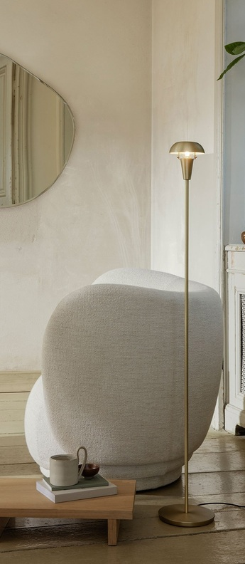 Lampe a poser tiny floor laiton o12cm h124 2cm ferm living normal