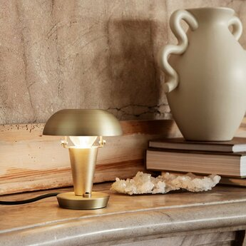 Lampe a poser tiny lamp laiton o12cm h14cm ferm living normal