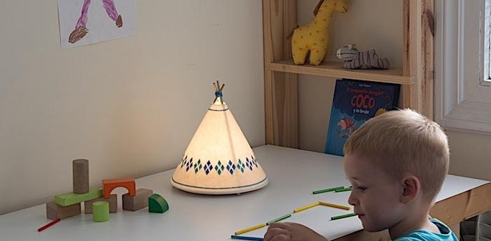 Lampe a poser tippi blanc bleu led o20 5cm h22cm buokids normal