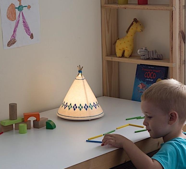 Tippi roberto celada et raquel esteve lampe a poser table lamp  buokids bktipi02  design signed 54116 product
