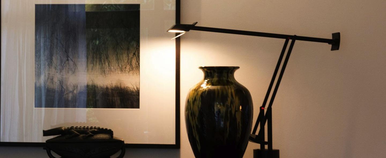 Lampe a poser tizio led dimmable noir h66cm l78cm artemide normal