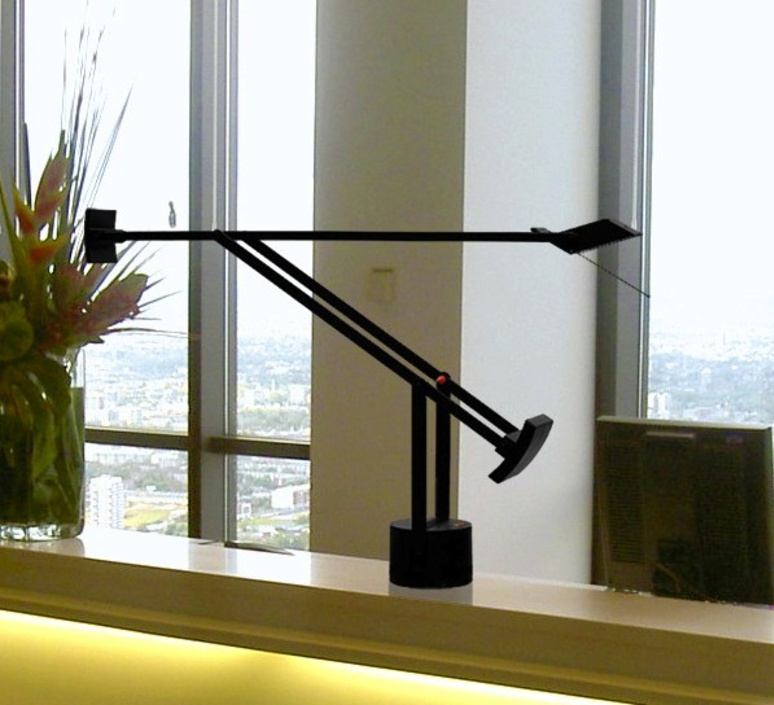 Tizio led richard sapper lampe a poser table lamp  artemide a009210   design signed 34603 product