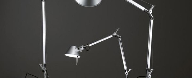 Lampe a poser tolomeo table aluminium h129cm l122cm 3000k 632lm artemide normal