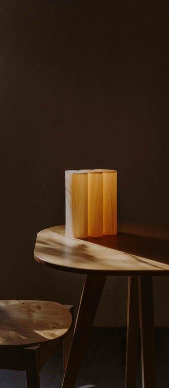 Lampe a poser tomo hetre naturel led 3000k 204lm l18cm h23cm lzf normal