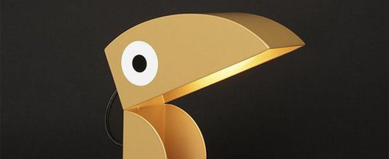 Lampe a poser toucan dore l21cm h23cm bleu carmin design normal