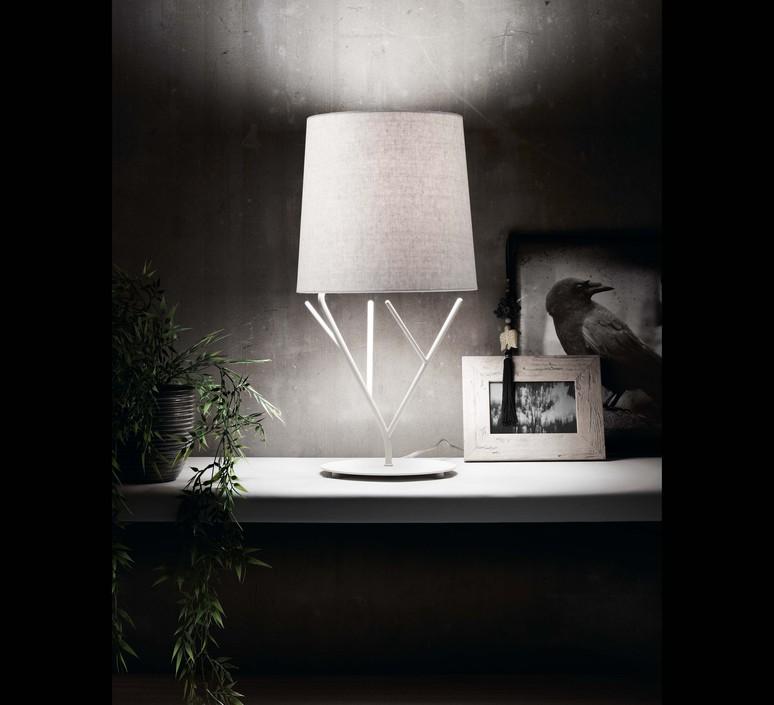 Tree estudi ribaudi lampe a poser table lamp  faro 29867  design signed 31828 product