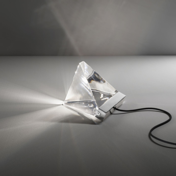 Lampe a poser tripla f41 aluminium led l9 8cm h7 5cm fabbian normal