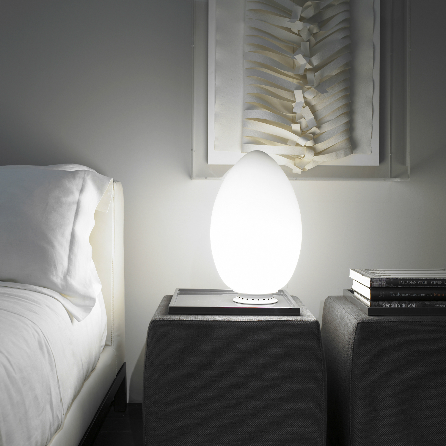 Table lamp, Uovo, white, H44cm - Fontana Arte - Nedgis Lighting