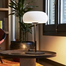 Vetra joan gaspar lampe a poser table lamp  marset a689 006  design signed 61727 thumb