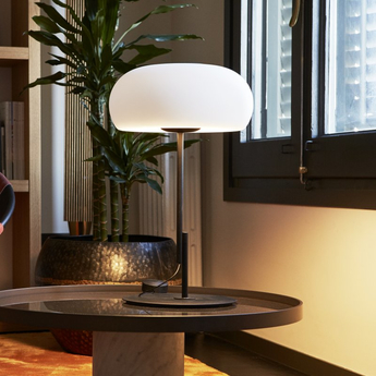 Lampe a poser vetra noir blanc led o32cm h54cm marset normal