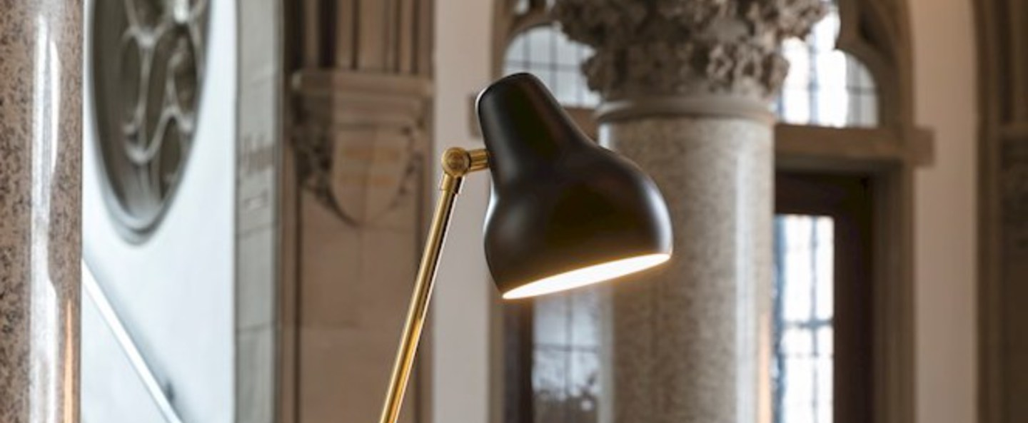 Lampe a poser vl38 noir led o13 5cm h38cm louis poulsen normal