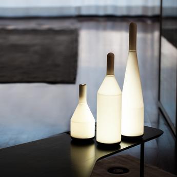 Lampe a poser voltaire blanc noir h60cm exnovo normal