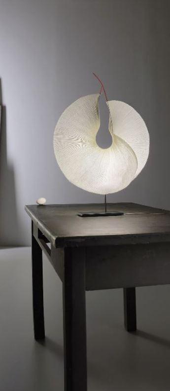 Lampe a poser yoruba rose beige led 2700k 970lm l50cm h60cm ingo maurer normal