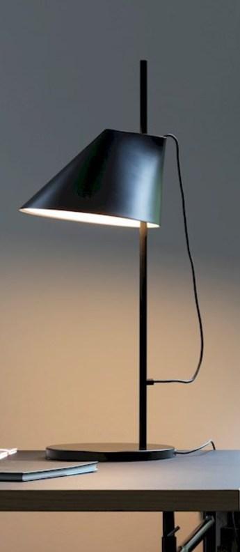 Lampe a poser yuh noir led l20cm h61cm louis poulsen normal