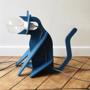 Lampe chat get out cat bleu marine h35cm eno studio normal