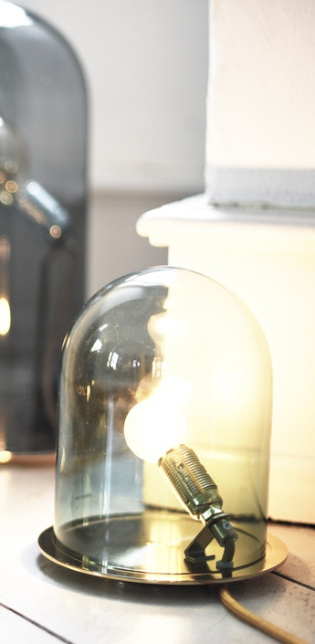 Lampe cloche glow in a dome transparent base argentee h21cm ebb and flow normal
