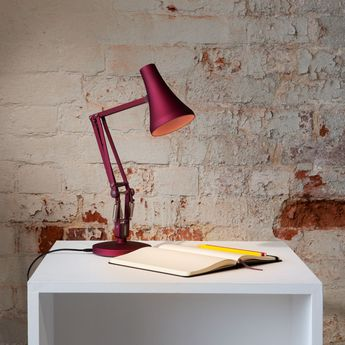 Lampe de bureau 90 mini mini rouge berry led 3000k 470lm l18cm h52cm anglepoise normal