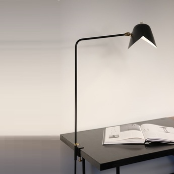 Lampe de bureau agrafee simple noir h70cm serge mouille normal