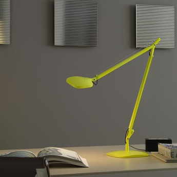lampe de bureau vol e led jaune fluorescent h64cm fontana arte luminaires nedgis. Black Bedroom Furniture Sets. Home Design Ideas