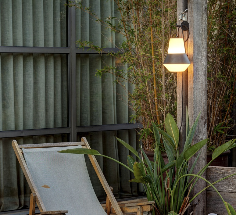 Lampe de jardin baladeuse cat blanc h32cm faro for Faros para jardin