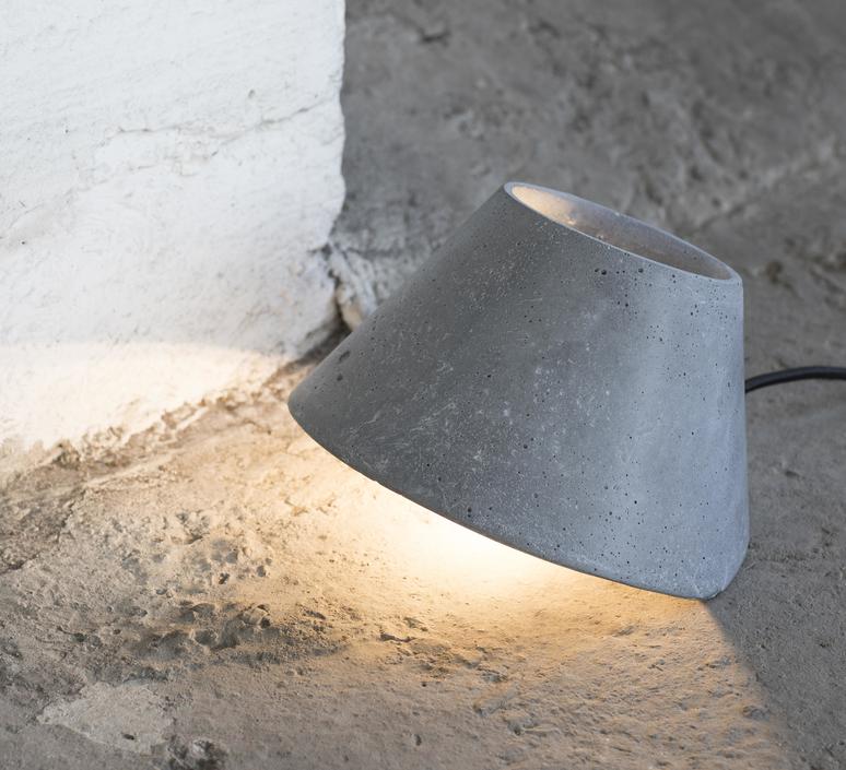 Eaunophe m patrick paris lampadaire floor light  serax b7218424  design signed 59792 product