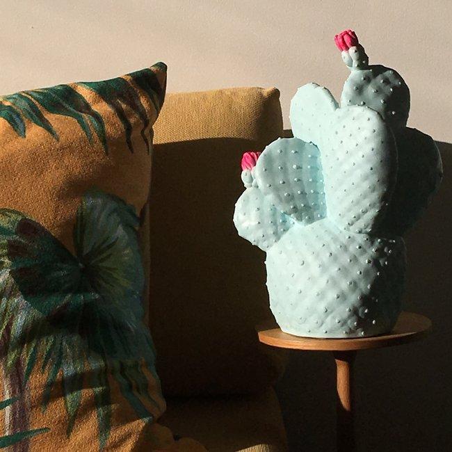 lampe enfant cactus menthe h38cm goodnight light luminaires nedgis. Black Bedroom Furniture Sets. Home Design Ideas