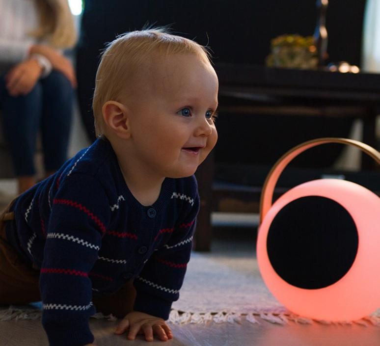 Eye speaker  luminaire connecte wireless light  mooni eys 0970 001  design signed nedgis 69269 product
