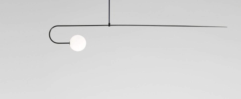 Lustre mobile chandelier 8 noir l163cm h24 8cm anastassiades studio normal