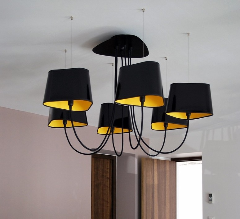 lustre moyen nuage noir jaune 152cm designheure luminaires nedgis. Black Bedroom Furniture Sets. Home Design Ideas
