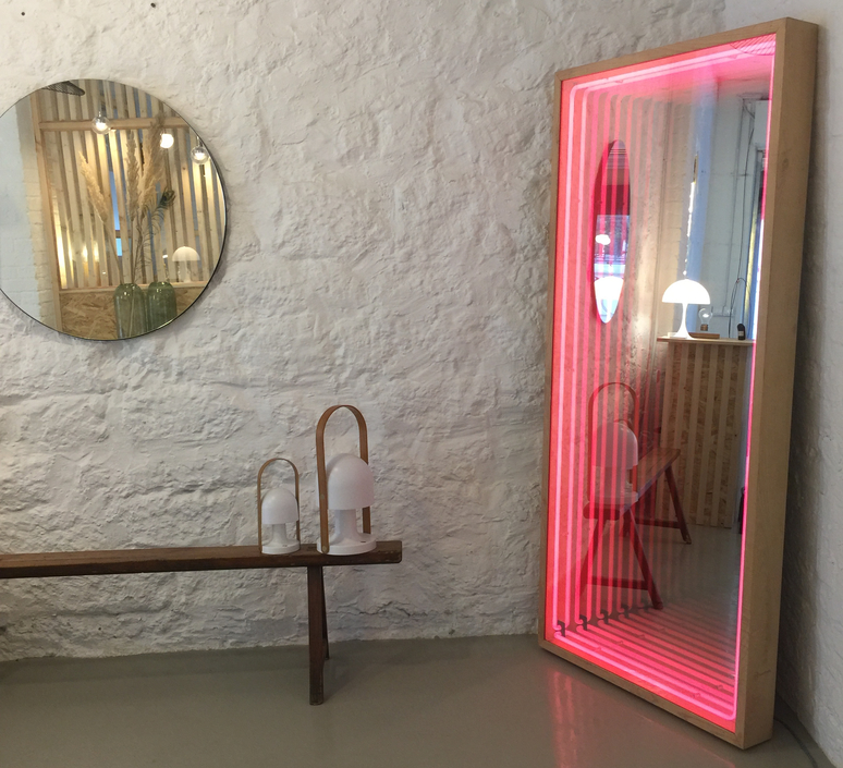 Miroir maxi benjamin mery mobilier lumineux furniture  lumneo maxi02840301  design signed nedgis 71406 product